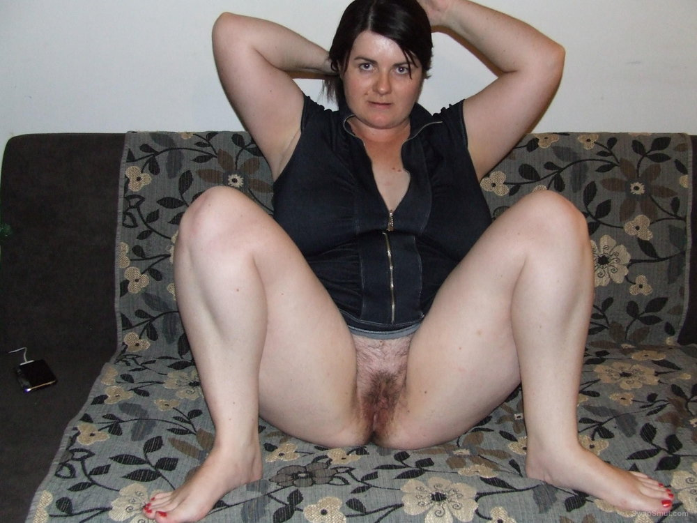 Chubby amateur mature pussy