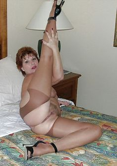 Grannys pictures posision sexy