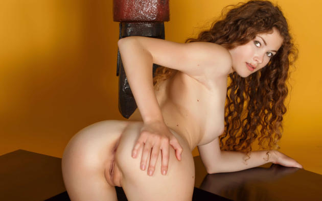 Curly hair in pussy xxx