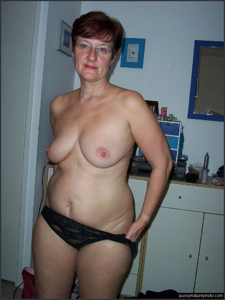 naked topless oops drunk girl